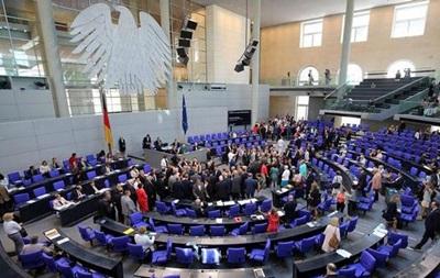 У немецких депутатов миллионы дополнительных доходов – СМИ