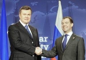 Янукович: Россия будет платить  живые деньги  за аренду базы ЧФ после 2019 года