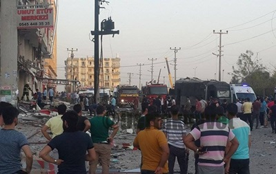 ВТурции произошел взрыв около здания клиники. неменее 50 раненых
