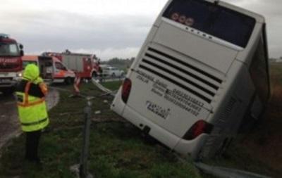 В Румынии в аварию попал автобус почти с 60 украинцами