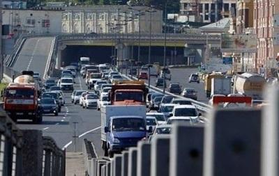 Из-за ремонтных работ нанекоторых дорогах украинской столицы ограничат движение транспорта