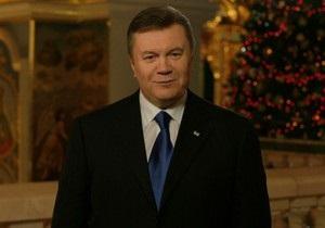 Рождество - 2013 - Янукович принял участие в Рождественской литургии в женском монастыре
