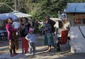 Мэр французской деревни заявил, что скорее покончит с собой, чем приютит цыган