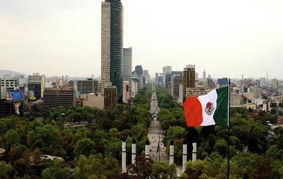 В Мексике при стычке грабителей и полиции погибли восемь человек