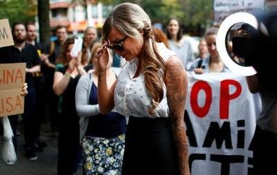 В Германии модель оштрафовали за ложь о своем изнасиловании