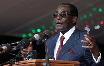 Президент Зимбабве разгоняет демонстрации и критикует Запад