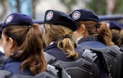 В Турции поліціянткам разрешили хиджаб