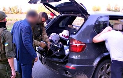 У задержанных авторитетов нашли оружие и наркотики