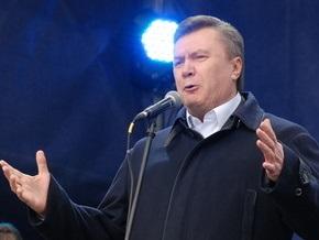 Янукович: Нужно стремиться достроить ракетный крейсер Украина