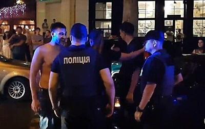 Дебош в Николаеве:  бездействующие  патрульные будут уволены