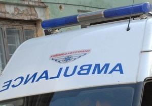 В Киеве на Осокорках грузовик сбил на зебре пожилую женщину
