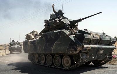 Турецкие танки вошли на территорию Сирии из провинции Килис