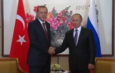 Путин: руководителя МИДРФ иТурции посоревнуются вкрасноречии
