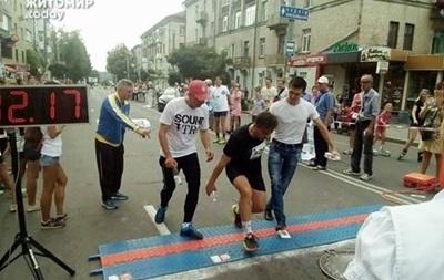 Мэра Житомира госпитализировали на финише полумарафона