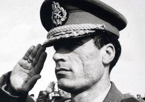 Фотогалерея: Разжалованный полковник. Архивные снимки Муаммара Каддафи