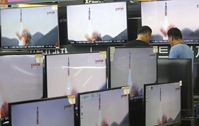 Ракеты КНДР упали в море возле японского острова
