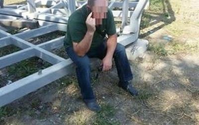 В Виннице мужчина бросил бутылку в полицейского за замечание