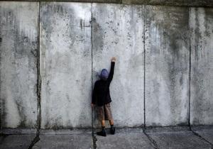 В Германии открыт мемориал памяти жертв Берлинской стены