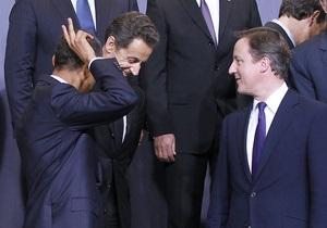 Каддафи должен уйти навсегда: Обама, Кэмерон и Саркози написали совместную статью