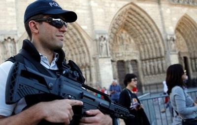 Арестованные три женщины в Париже связаны с ИГ