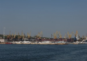 У берегов Одессы обнаружено пятно неизвестного происхождения