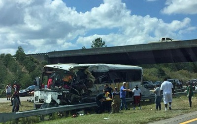 В США разбился студенческий автобус: четыре жертвы
