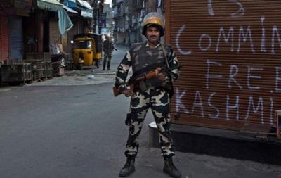 В Кашмире напали на военный лагерь: 17 погибших