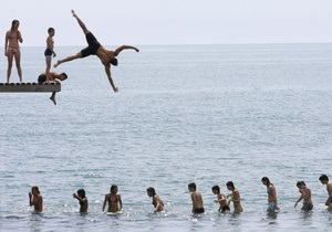 Налоговики обнаружили на побережье Азовского моря нелегальный детский лагерь