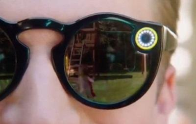 Snapchat представили солнцезащитные очки состроенной камерой