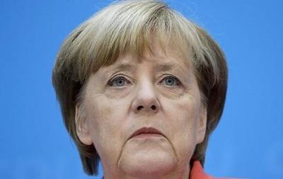 Меркель пообещала Риму и Афинам помощь в решении проблемы беженцев