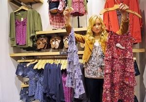 В лондонских магазинах одежды появятся зеркала с выходом в Twitter и Facebook