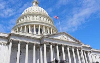 Конгресс США одобрил закон, продлевающий работу правительства