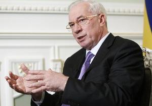 Азаров попросил у российского премьера беспошлинный экспорт ста тысяч тонн украинского сахара
