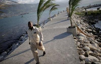 На Гаити началась эвакуация из-за урагана  Мэтью