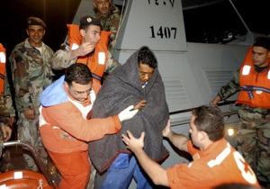 Украинца, находившегося на затонувшем у берегов Ливана судне, спасли и доставили в Триполи