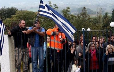 Греческие родители протестуют против школьников-мигрантов