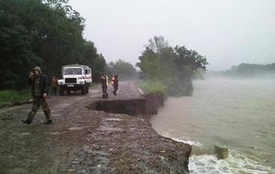В Крыму затонул кран с рабочими