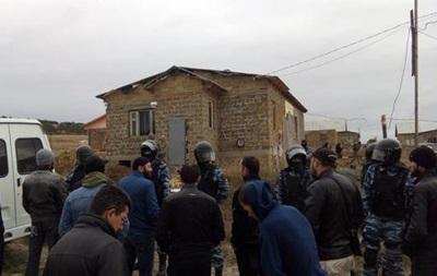 ФСБ устроила обыски укрымских татар под Симферополем