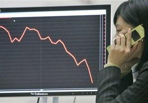 Рынки: Торговцы предпочитают выходить из активов