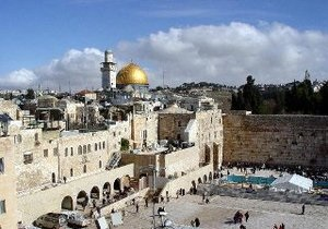 Мэрия Иерусалима сняла 300 надгробных плит на средневековом мусульманском кладбище
