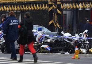 У королевского дворца в Брюсселе самоубийца протаранил эскорт катарского посла