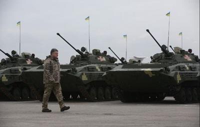 Порошенко передал ВСУ более 150 единиц техники