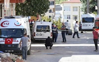Смертник подорвал себя в Турции во время спецоперации