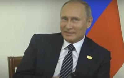 Путину на пресс-конференции отключили свет