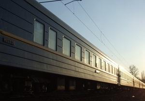 В Винницкой области МАЗ столкнулся с поездом Харьков - Ивано-Франковск