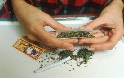 Жену кандидата в губернаторы штата Юта поймали с марихуаной