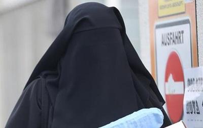 В Германии запретят госслужащим носить паранджу и чадру