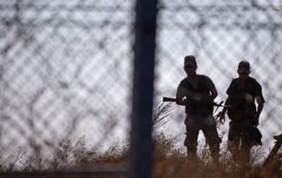 Болгария усилит двумя тысячами военных границу с Турцией