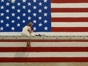 В январе дефицит баланса внешней торговли США рекордно упал