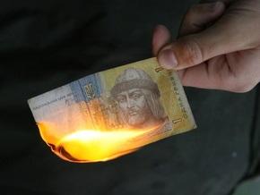 Эксперты прогнозируют девальвацию гривны до 9 грн за доллар